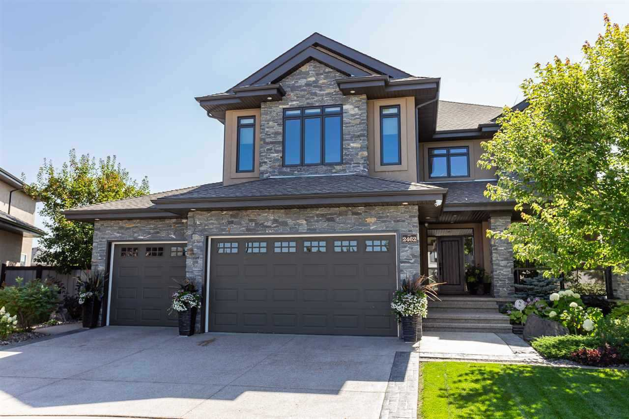 Main Photo: 2462 MARTELL Crescent in Edmonton: Zone 14 House for sale : MLS®# E4206035