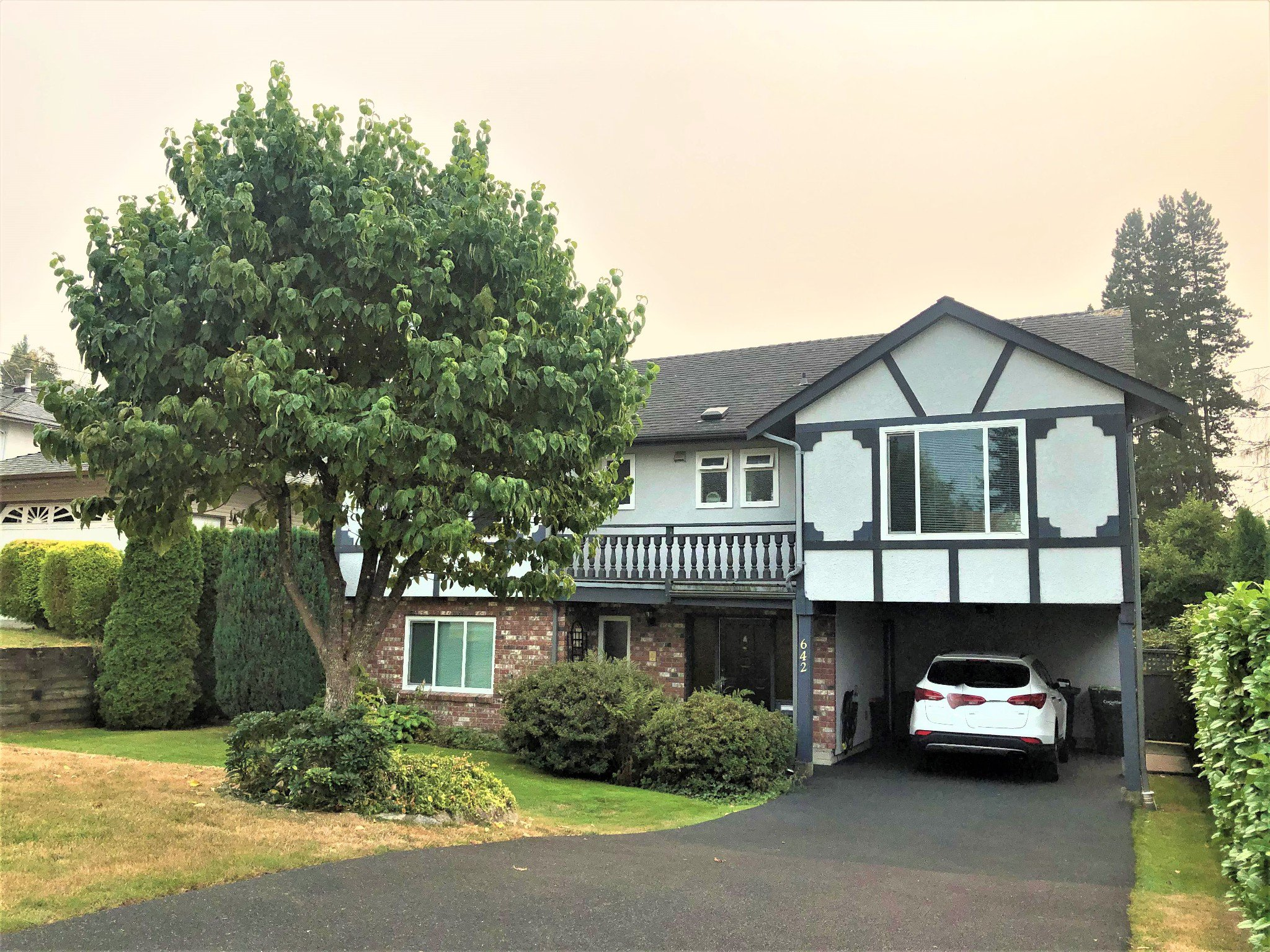 Main Photo: 642 Adler in Coquitlam: House for sale