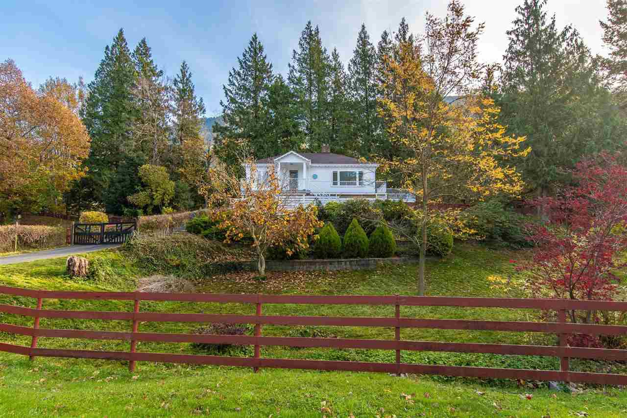 Main Photo: 41780 MAJUBA HILL ROAD in Yarrow: Majuba Hill House for sale : MLS®# R2422343