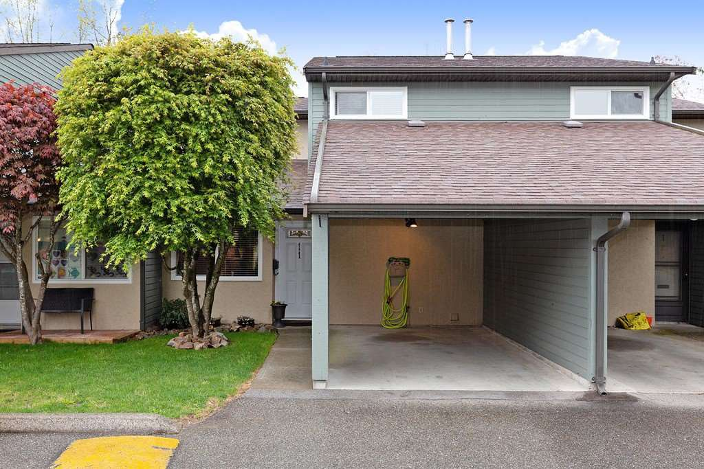 Main Photo: 11 20653 THORNE AVENUE in Maple Ridge: Southwest Maple Ridge Townhouse for sale : MLS®# R2452675