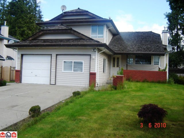 Main Photo: 12471 70A AV in Surrey: House for sale : MLS®# F1015650