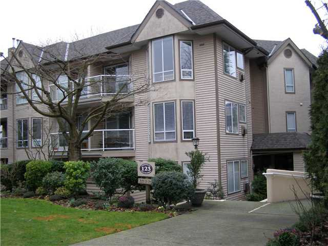 Main Photo: 105 123 E 6th Street in North Vancouver: Lower Lonsdale Condo for sale : MLS®# V869387