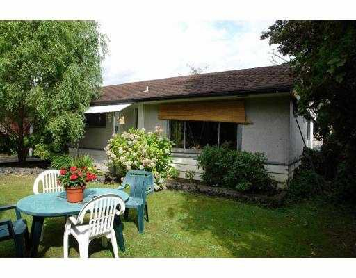 Main Photo: 12082 GARDEN Street in Maple_Ridge: West Central House for sale (Maple Ridge)  : MLS®# V665233