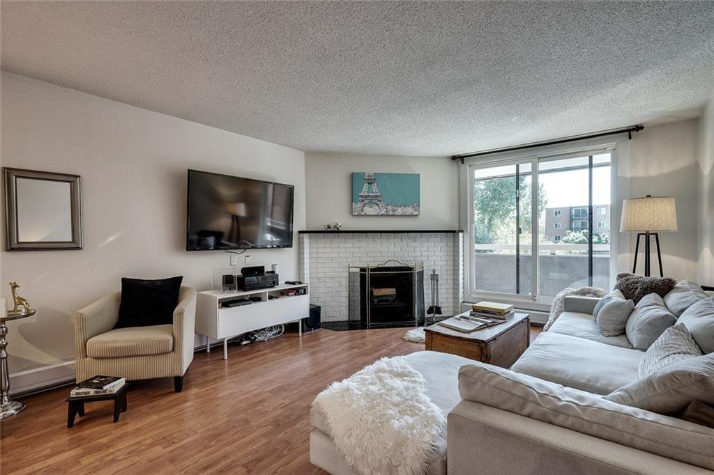 Main Photo: 201 511 56 Avenue SW in Calgary: Windsor Park Apartment for sale : MLS®# C4266284