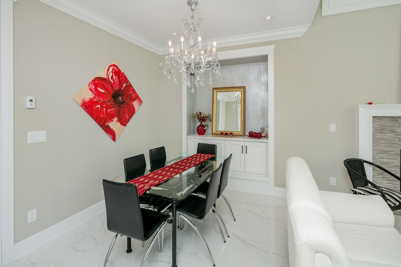 Photo 6: Photos: 7086 NO 2 Road in Richmond: Granville House for sale : MLS®# R2407118