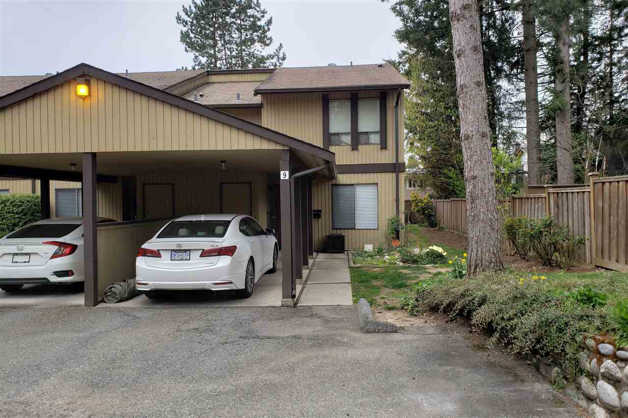 """Main Photo: 9 2998 MOUAT Drive in Abbotsford: Abbotsford West Townhouse for sale in """"Brookside Terrace"""" : MLS®# R2449119"""