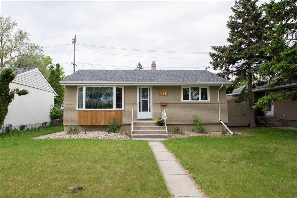 Main Photo: 918 Lindsay Street in Winnipeg: River Heights South Residential for sale (1D)  : MLS®# 202013070