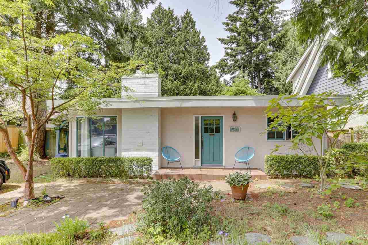 """Main Photo: 1511 DUNCAN Drive in Delta: Beach Grove House for sale in """"BEACH GROVE"""" (Tsawwassen)  : MLS®# R2467363"""