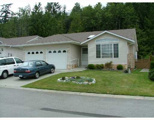 """Main Photo: 23 535 SHAW Road in Gibsons: Gibsons & Area House for sale in """"GIBSONS COUNTRY VILLAGE"""" (Sunshine Coast)  : MLS®# V665176"""