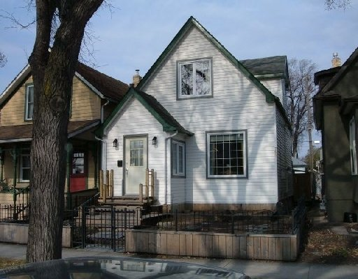 Main Photo: 768 INGERSOLL ST in WINNIPEG: West End / Wolseley Single Family Detached for sale (West Winnipeg)  : MLS®# 2906946