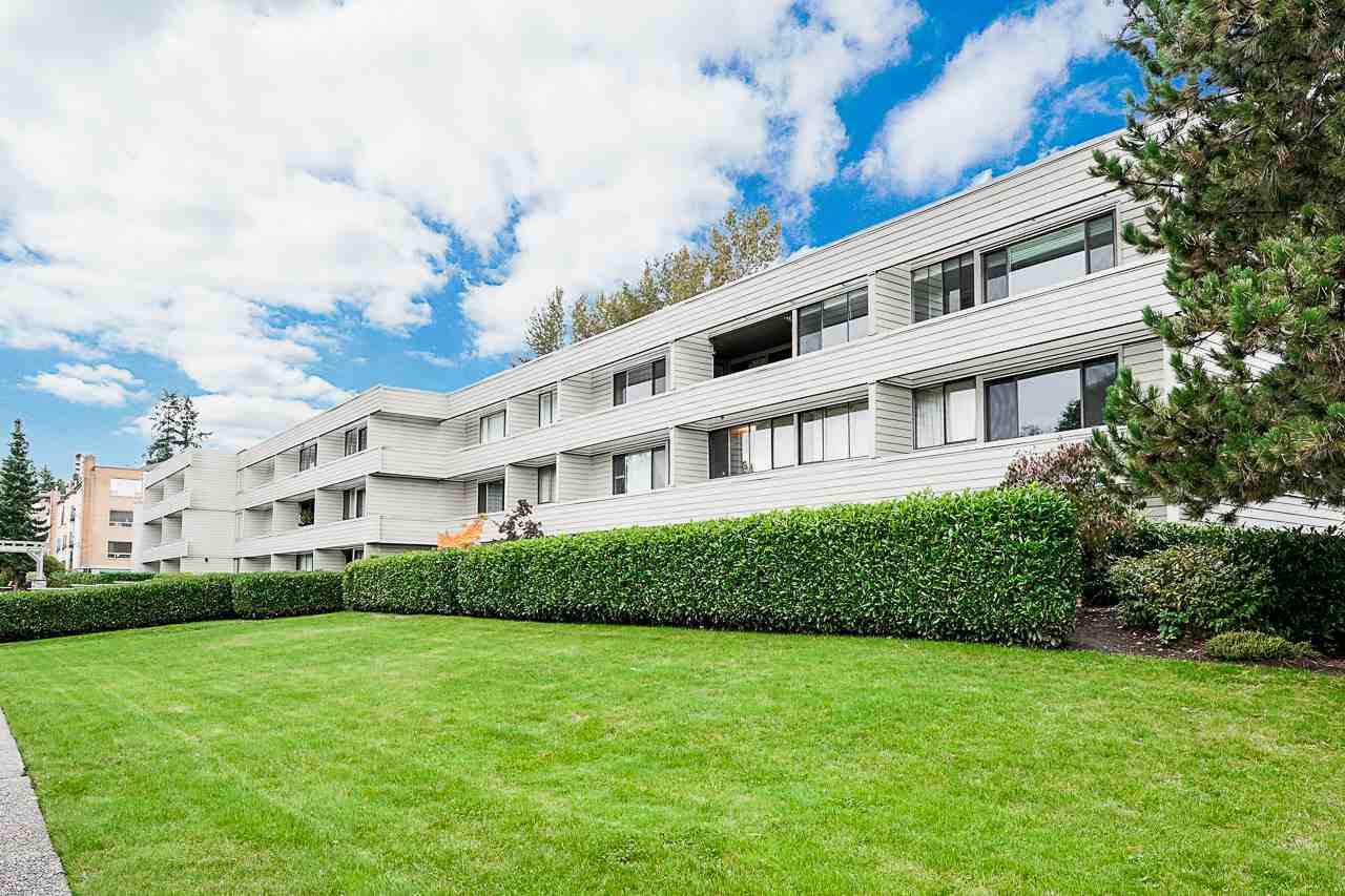 "Main Photo: 109 15272 19 Avenue in Surrey: King George Corridor Condo for sale in ""Parkview Place"" (South Surrey White Rock)  : MLS®# R2412045"