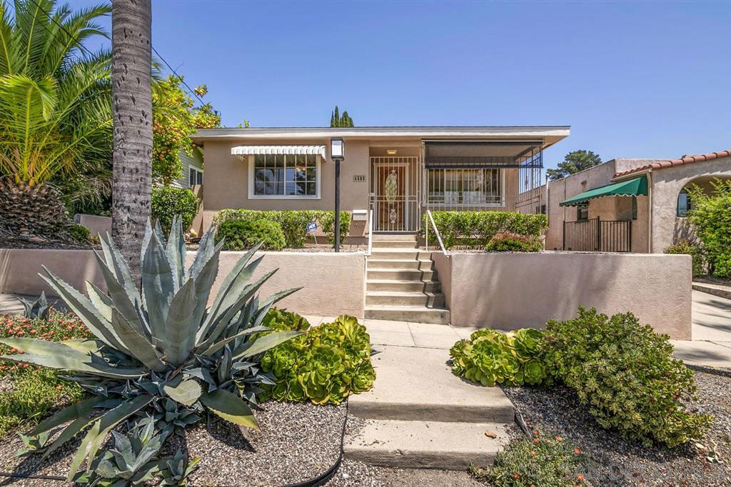 Main Photo: LA MESA House for sale : 3 bedrooms : 4565 4Th St