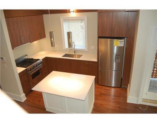 Photo 4: Photos: 2432 W 8TH AV in Vancouver: Condo for sale : MLS®# V869054