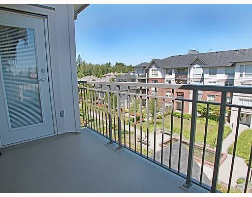 """Photo 10: Photos: 401 2167 152ND Street in White_Rock: Sunnyside Park Surrey Condo for sale in """"Muirfield Gardens"""" (South Surrey White Rock)  : MLS®# F2717812"""