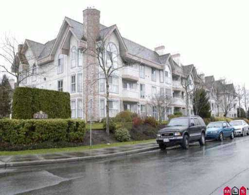 "Main Photo: 203 7171 121ST Street in Surrey: West Newton Condo for sale in ""Highlands"" : MLS®# F2720692"
