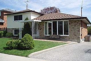 Main Photo: 55 FORDOVER DR in TORONTO: Freehold for sale