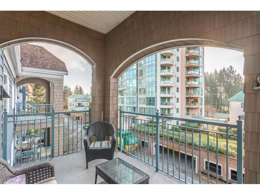 "Photo 18: Photos: 404 3065 PRIMROSE Lane in Coquitlam: North Coquitlam Condo for sale in ""LAKESIDE TERRACE"" : MLS®# R2428749"