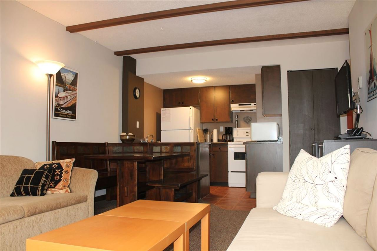 Main Photo: 306B 21000 ENZIAN Way in Agassiz: Hemlock Condo for sale (Mission)  : MLS®# R2524590