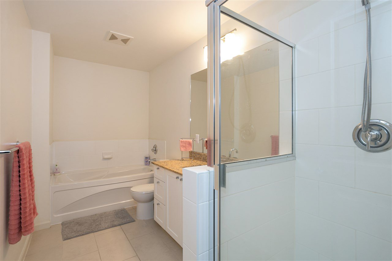 """Photo 11: Photos: 310 2477 KELLY Avenue in Port Coquitlam: Central Pt Coquitlam Condo for sale in """"SOUTH VERDE"""" : MLS®# R2422228"""