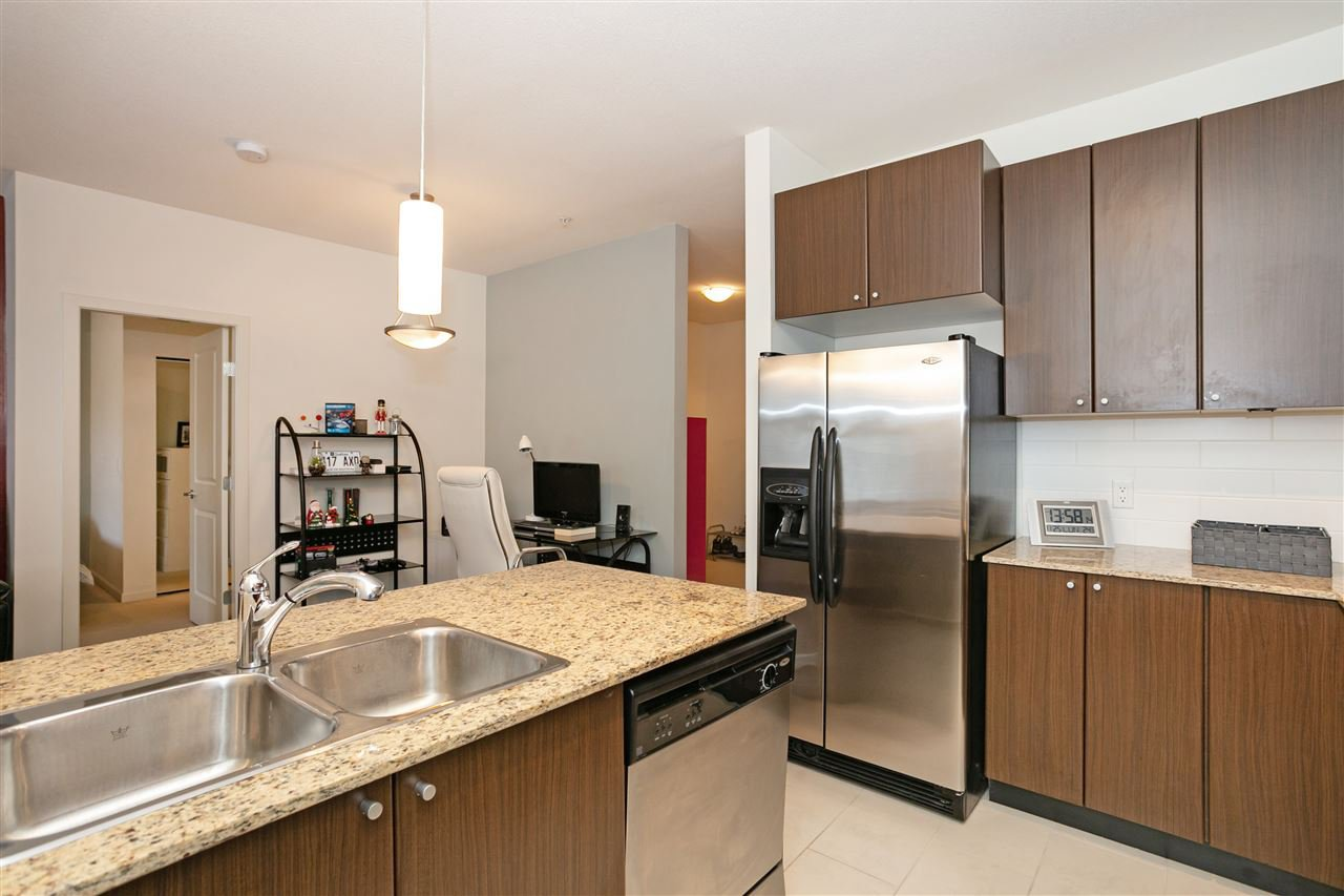 """Photo 5: Photos: 310 2477 KELLY Avenue in Port Coquitlam: Central Pt Coquitlam Condo for sale in """"SOUTH VERDE"""" : MLS®# R2422228"""