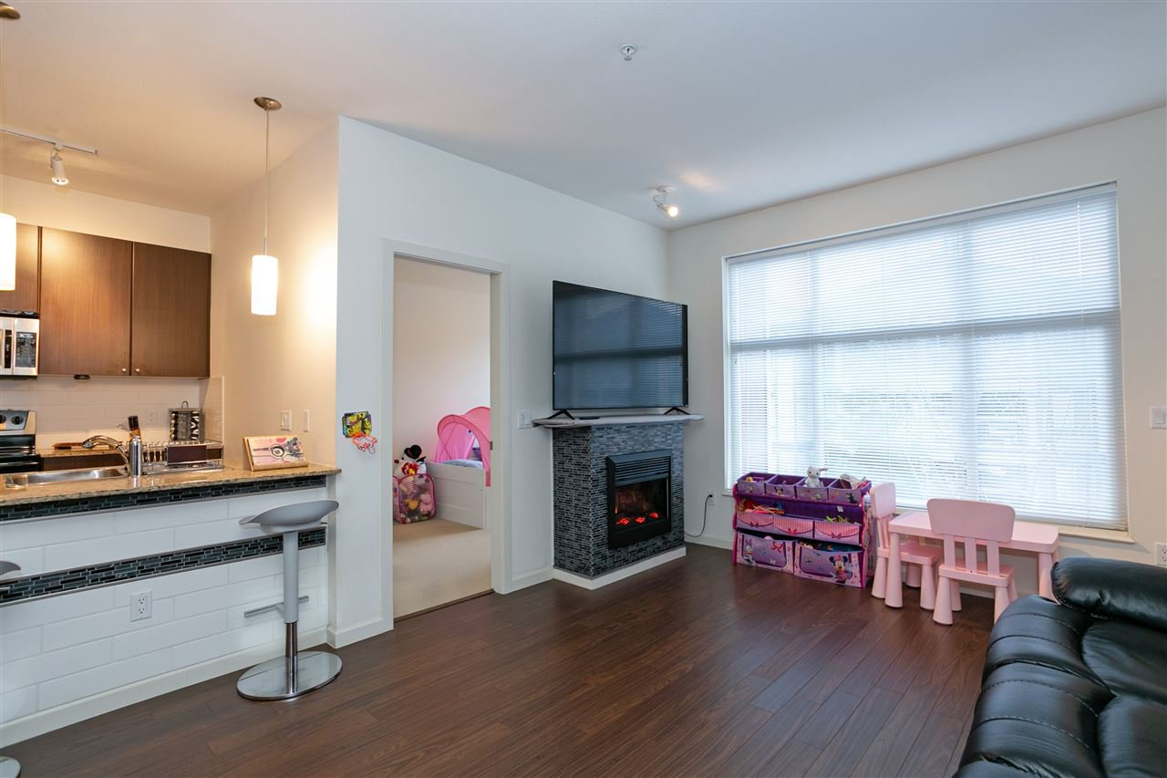 """Photo 6: Photos: 310 2477 KELLY Avenue in Port Coquitlam: Central Pt Coquitlam Condo for sale in """"SOUTH VERDE"""" : MLS®# R2422228"""