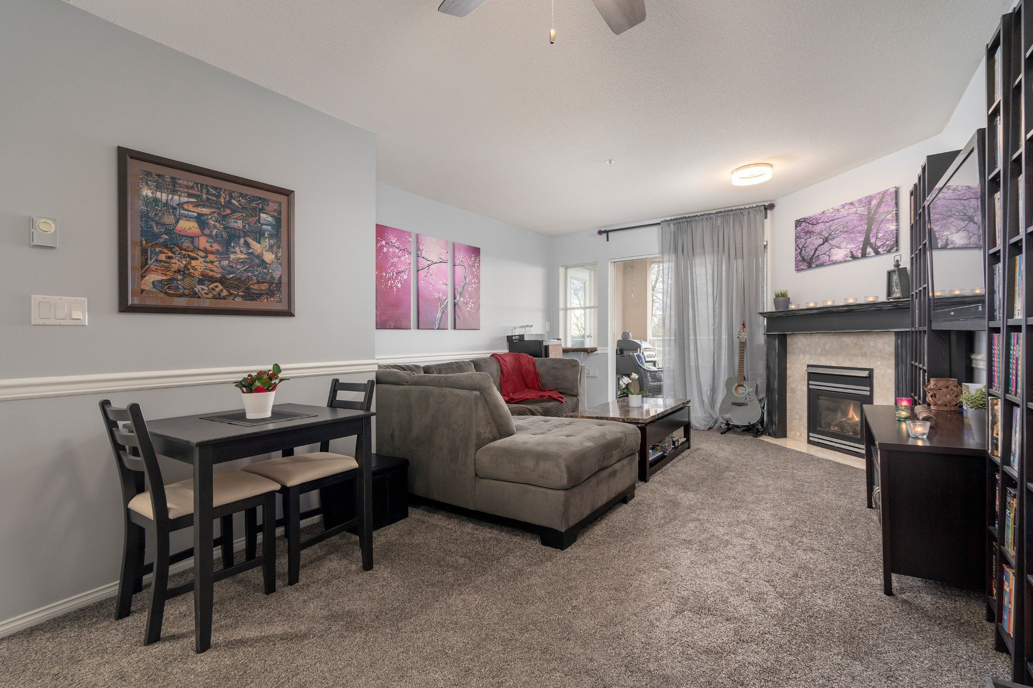 "Photo 5: Photos: 402 22722 LOUGHEED Highway in Maple Ridge: East Central Condo for sale in ""MARKS PLACE"" : MLS®# R2431567"