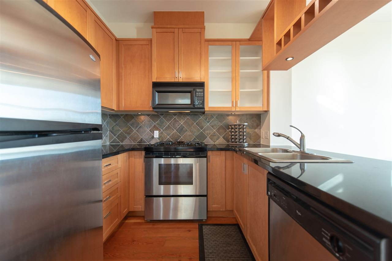 """Photo 3: Photos: 324 8988 HUDSON Street in Vancouver: Marpole Condo for sale in """"The Retro"""" (Vancouver West)  : MLS®# R2435569"""
