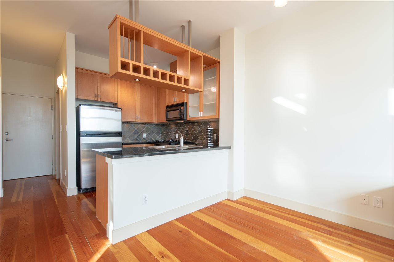 """Photo 5: Photos: 324 8988 HUDSON Street in Vancouver: Marpole Condo for sale in """"The Retro"""" (Vancouver West)  : MLS®# R2435569"""