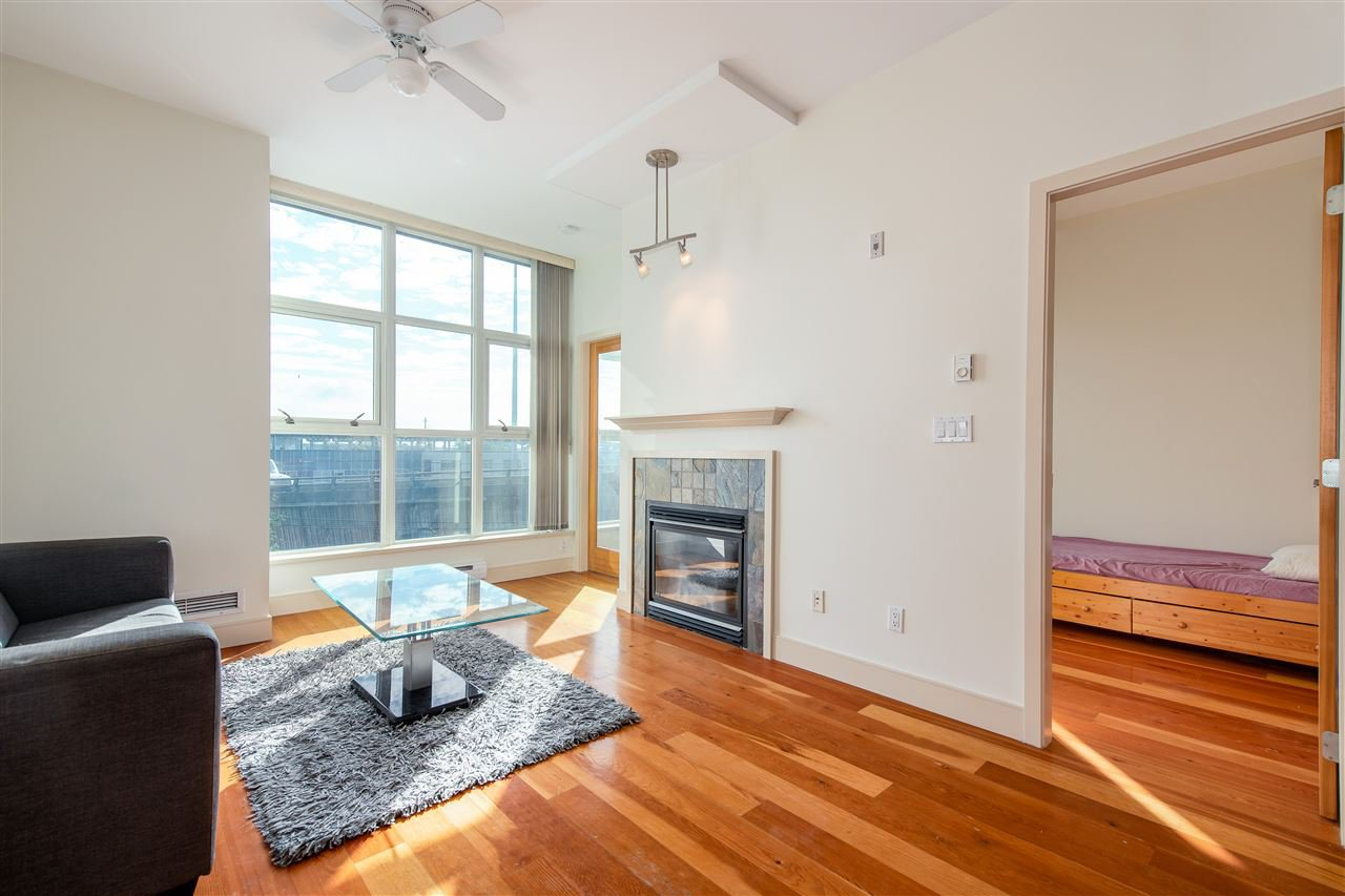 """Photo 10: Photos: 324 8988 HUDSON Street in Vancouver: Marpole Condo for sale in """"The Retro"""" (Vancouver West)  : MLS®# R2435569"""