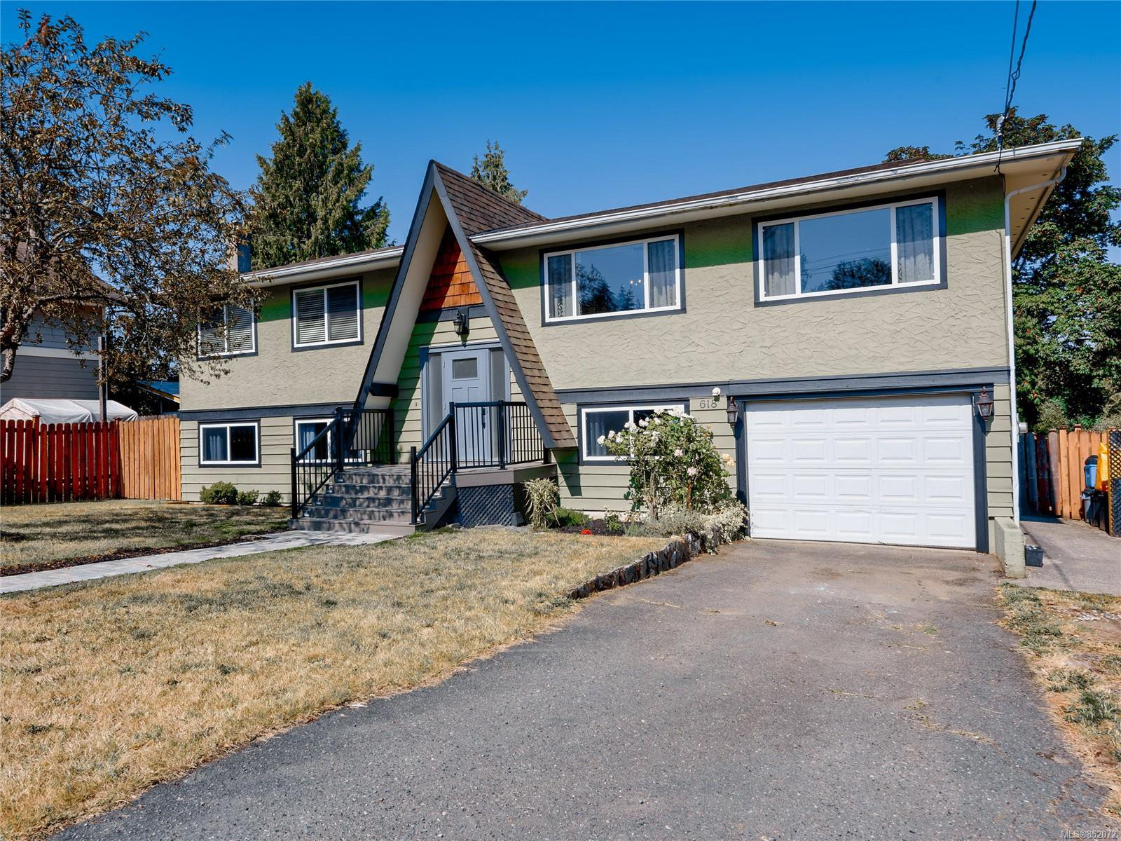 Main Photo: 618 Brown Dr in : Du Ladysmith House for sale (Duncan)  : MLS®# 852072