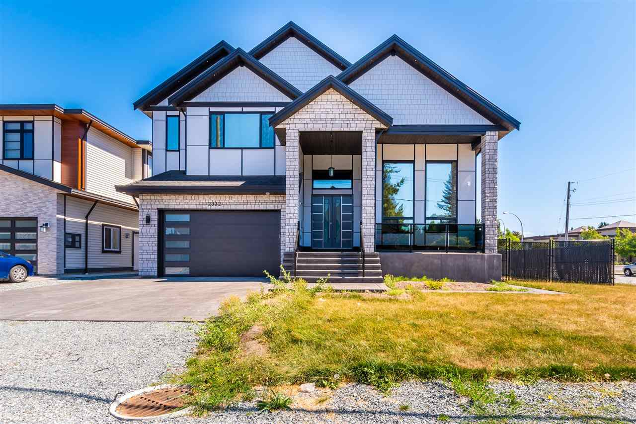 Main Photo: 2332 HOLLY Street in Abbotsford: Abbotsford West House for sale : MLS®# R2488555