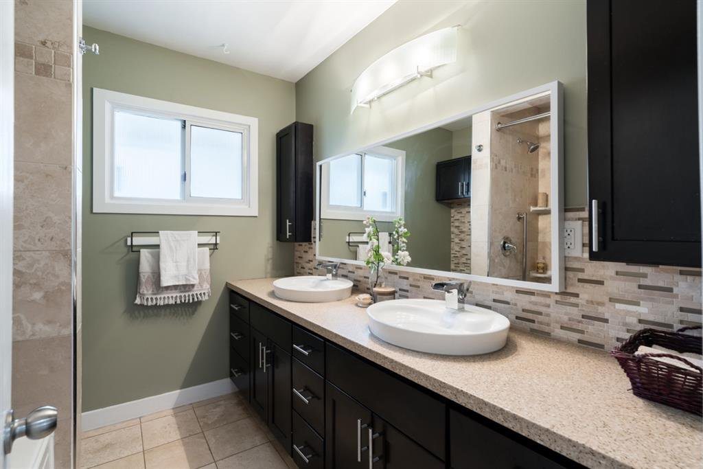 Photo 14: Photos: 67 Connaught Drive NW in Calgary: Cambrian Heights Detached for sale : MLS®# A1033424