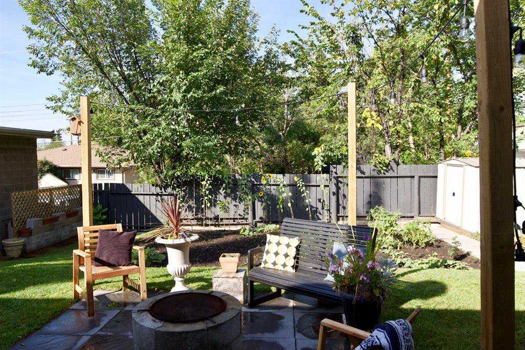 Photo 24: Photos: 67 Connaught Drive NW in Calgary: Cambrian Heights Detached for sale : MLS®# A1033424