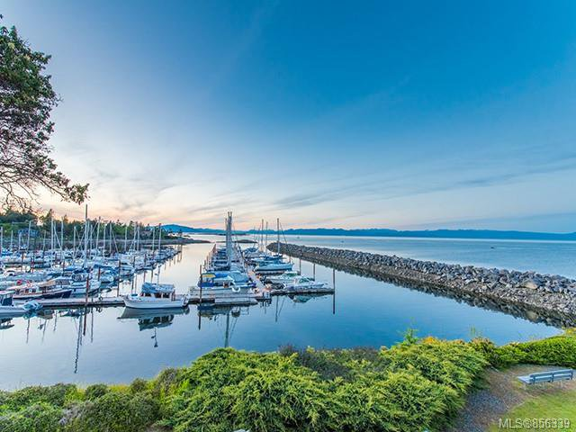 Main Photo: 206 3555 Outrigger Rd in : PQ Nanoose Condo for sale (Parksville/Qualicum)  : MLS®# 856339