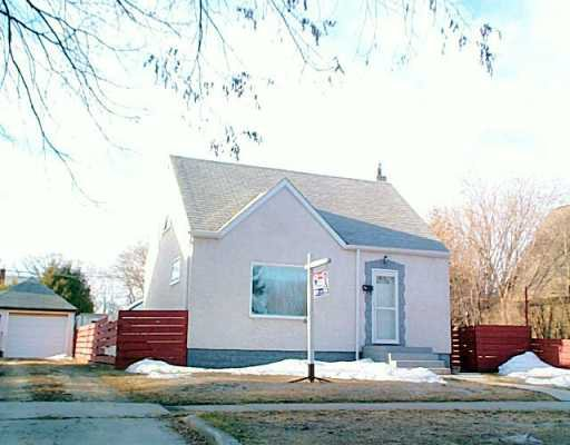 Main Photo: 520 ST CATHERINE Street in Winnipeg: St Boniface Single Family Detached for sale (South East Winnipeg)  : MLS®# 2604571