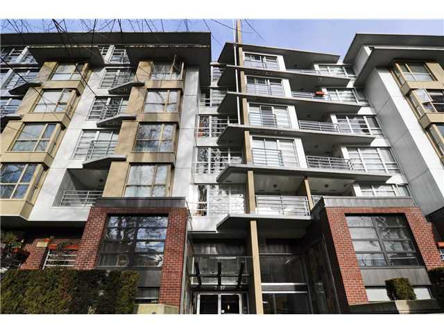 """Main Photo: # 605 2137 W 10TH AV in Vancouver: Kitsilano Condo for sale in """"THE '1'"""" (Vancouver West)  : MLS®# V867959"""