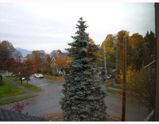 Photo 7: Photos: 206 W 13TH Avenue in Vancouver: Mount Pleasant VW Townhouse for sale (Vancouver West)  : MLS®# V669782