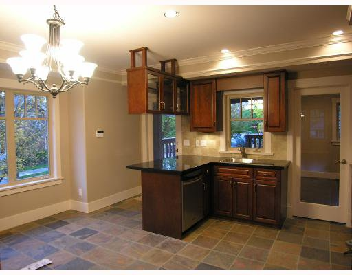 Photo 4: Photos: 206 W 13TH Avenue in Vancouver: Mount Pleasant VW Townhouse for sale (Vancouver West)  : MLS®# V669782