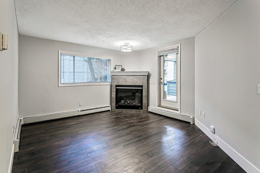 Photo 8: Photos: 116 10 SIERRA MORENA Mews SW in Calgary: Signal Hill Apartment for sale : MLS®# C4281143