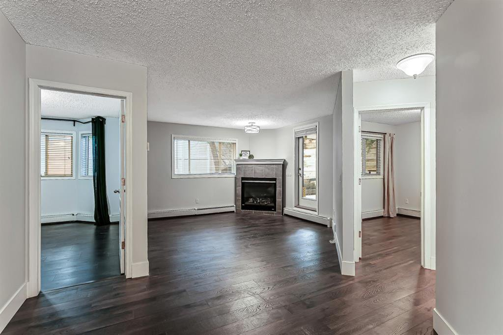 Photo 7: Photos: 116 10 SIERRA MORENA Mews SW in Calgary: Signal Hill Apartment for sale : MLS®# C4281143