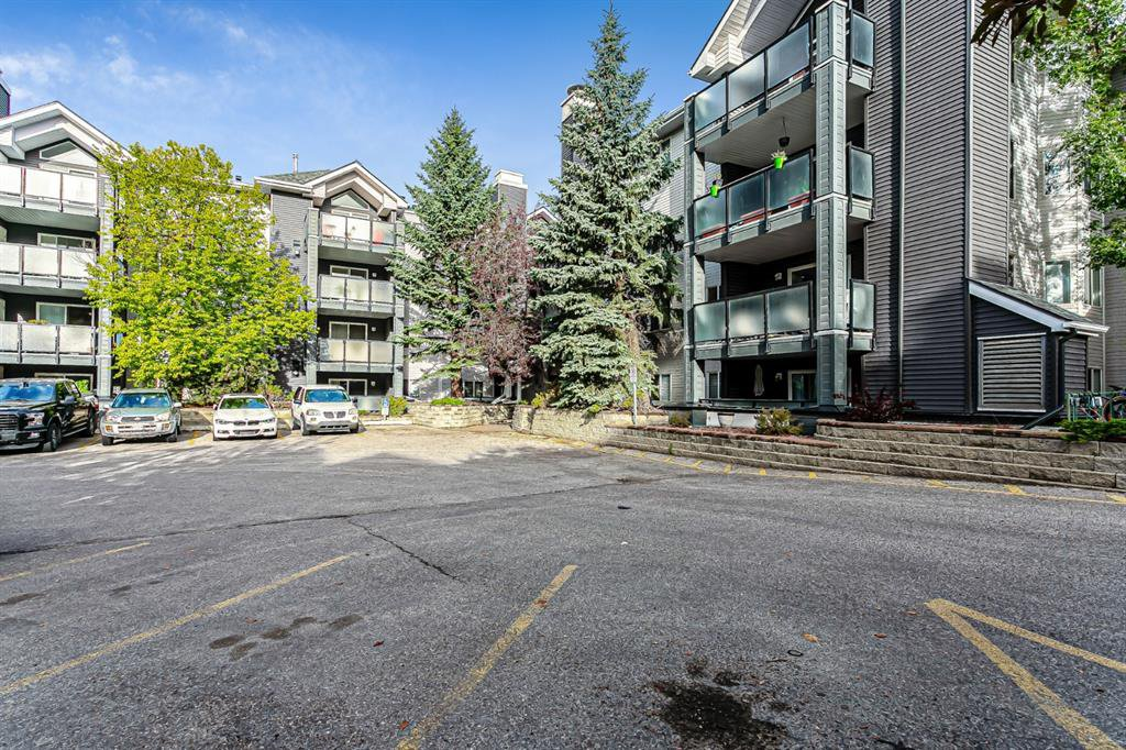 Photo 25: Photos: 116 10 SIERRA MORENA Mews SW in Calgary: Signal Hill Apartment for sale : MLS®# C4281143