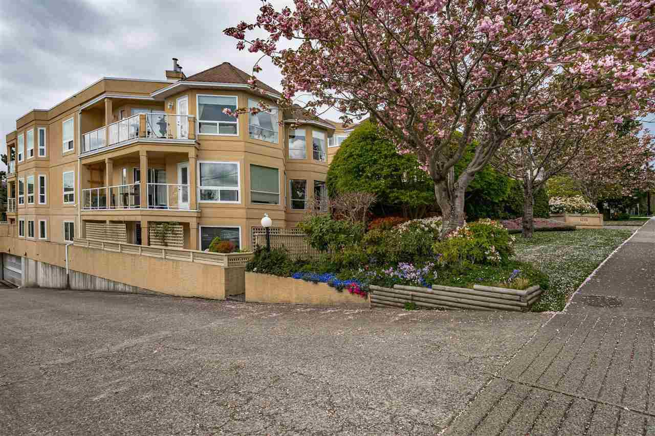 """Main Photo: 205 1255 BEST Street: White Rock Condo for sale in """"THE AMBASSADOR"""" (South Surrey White Rock)  : MLS®# R2454222"""