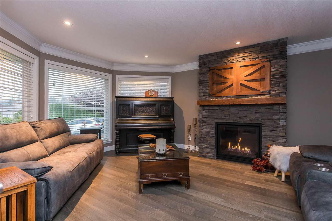 Photo 13: Photos: 34829 MILLSTONE Court in Abbotsford: Abbotsford East House for sale : MLS®# R2518764