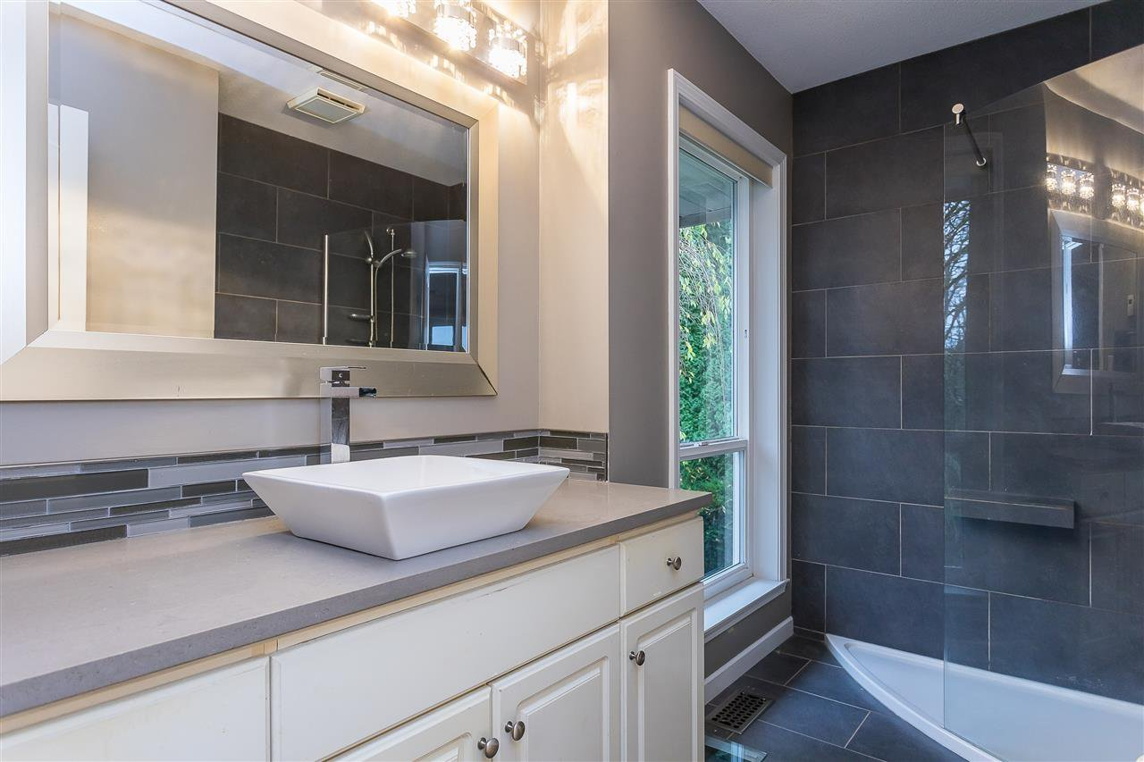 Photo 19: Photos: 34829 MILLSTONE Court in Abbotsford: Abbotsford East House for sale : MLS®# R2518764