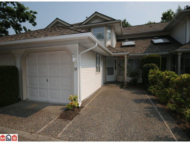 Main Photo: 30 9045 Walnut Grove Drive in Langley: Condo  (N. Delta)  : MLS®# f1100291