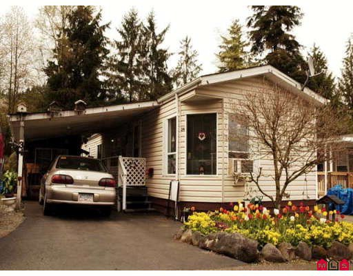 """Main Photo: 34 10221 WILSON Street in Mission: Stave Falls Manufactured Home for sale in """"Triple Creek Estates"""" : MLS®# F2810495"""