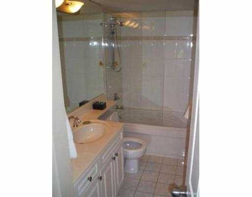 Photo 7: Photos: 308 929 W 16TH AV in Vancouver: Fairview VW Condo for sale (Vancouver West)  : MLS®# V538121