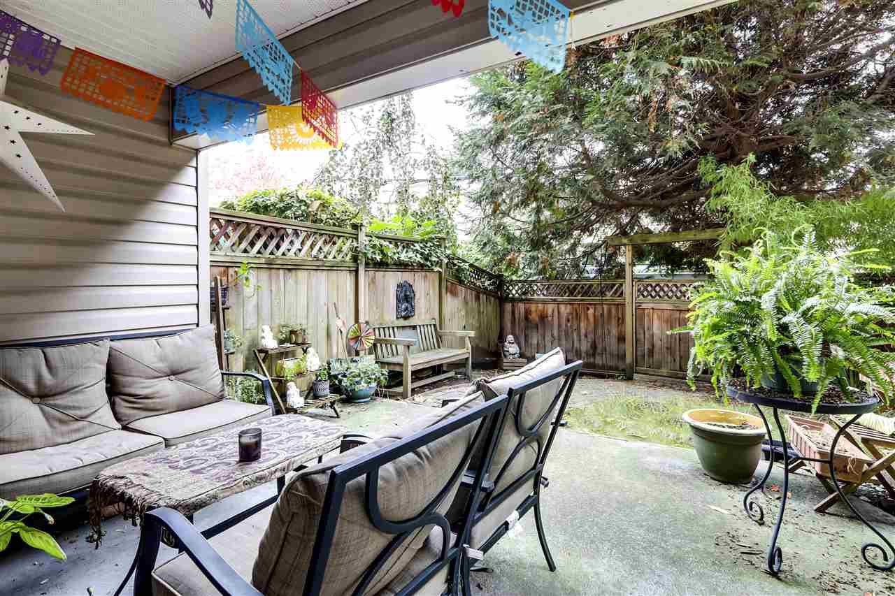 Main Photo: 101 825 E 7TH AVENUE in Vancouver: Mount Pleasant VE Condo for sale (Vancouver East)  : MLS®# R2509820