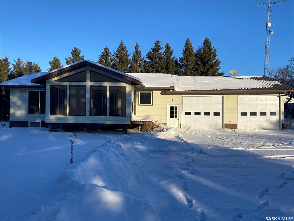 Main Photo: Taylor Acreage in Connaught: Residential for sale (Connaught Rm No. 457)  : MLS®# SK837327