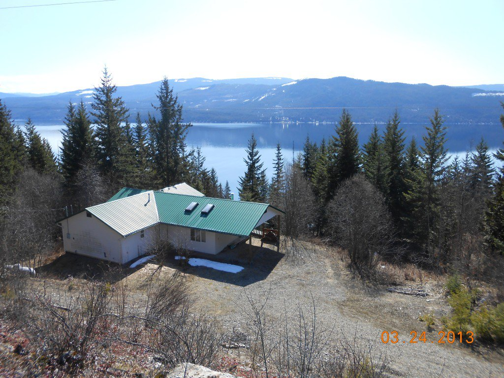 Main Photo: 6471 Lindsay  Road # 25 in Magna Bay: House for sale : MLS®# 10062618